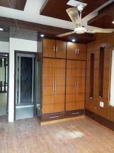 Gallery Cover Image of 2100 Sq.ft 3 BHK Apartment for rent in Rajouri Garden for 29500