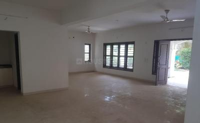 Gallery Cover Image of 5850 Sq.ft 5 BHK Independent House for rent in Thaltej for 130000