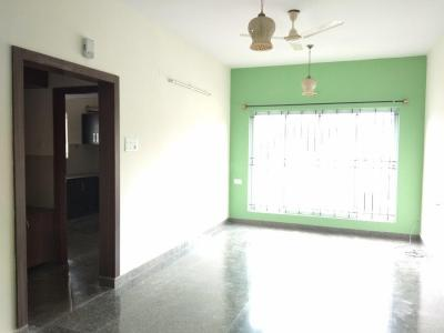 Gallery Cover Image of 1200 Sq.ft 2 BHK Apartment for rent in Shanti Nagar for 33000