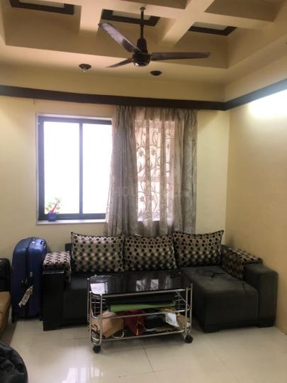Hall Image of 1080 Sq.ft 2 BHK Apartment for rent in Raj Laxmi Apartment, Dadar West for 75000