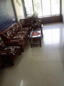 Gallery Cover Image of 670 Sq.ft 1 BHK Apartment for rent in Jan Kalyan CHS, Goregaon West for 27000
