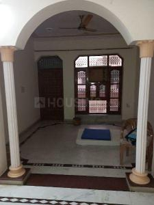 Gallery Cover Image of 1600 Sq.ft 2 BHK Independent Floor for rent in Sector 9 for 20000
