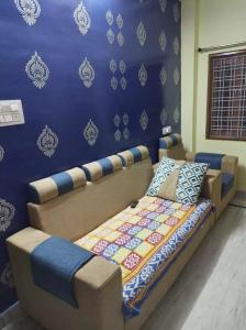 Gallery Cover Image of 1000 Sq.ft 3 BHK Independent House for buy in Kuntloor for 8100000