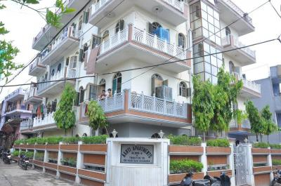 Gallery Cover Image of 400 Sq.ft 1 BHK Apartment for buy in Sector 37 for 1700000
