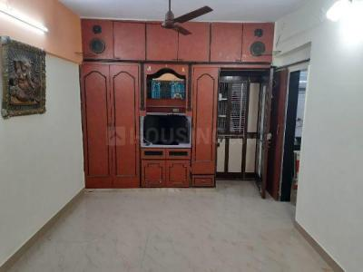 Gallery Cover Image of 450 Sq.ft 1 BHK Apartment for rent in Alkapuri Apartment, Kandivali East for 18500