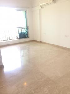 Gallery Cover Image of 940 Sq.ft 2 BHK Apartment for rent in Powai for 50000