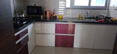 Gallery Cover Image of 1200 Sq.ft 2 BHK Apartment for rent in Magarpatta City for 33000