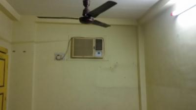 Gallery Cover Image of 470 Sq.ft 1 BHK Apartment for rent in Malad East for 20000