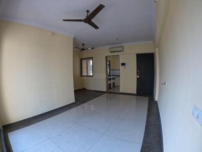 Gallery Cover Image of 936 Sq.ft 2 BHK Apartment for rent in Siddhi Highland Gardens, Thane West for 25000