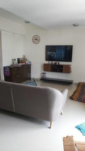Gallery Cover Image of 1000 Sq.ft 2 BHK Apartment for buy in Santacruz West for 40000000