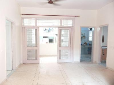 Gallery Cover Image of 950 Sq.ft 2 BHK Apartment for rent in Siddh Apartment, Patparganj for 18500