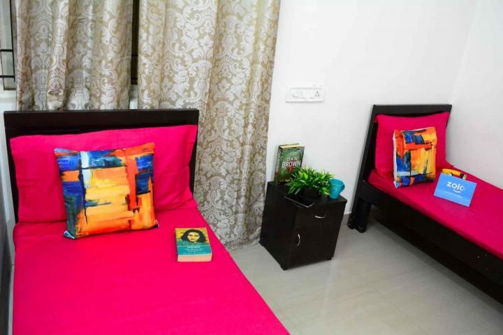 थोरैपक्कम में ज़ोलो टंगीरला के बेडरूम की तस्वीर