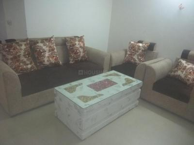 Gallery Cover Image of 1370 Sq.ft 3 BHK Apartment for rent in Shahberi for 15000