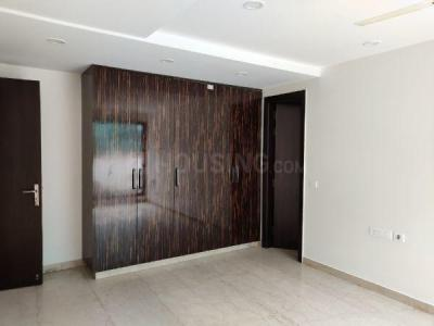 Gallery Cover Image of 2600 Sq.ft 4 BHK Apartment for rent in Punjabi Bagh for 70000
