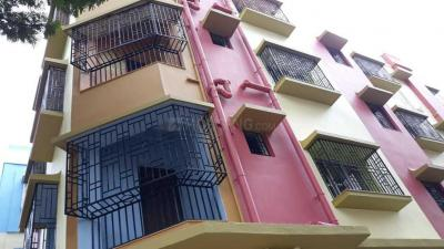 Gallery Cover Image of 740 Sq.ft 2 BHK Apartment for buy in Dhakuria for 4000000