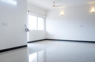 Gallery Cover Image of 1600 Sq.ft 3 BHK Apartment for rent in Tirumanahalli for 31000