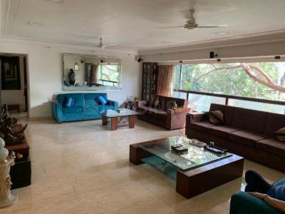 Gallery Cover Image of 1600 Sq.ft 4 BHK Apartment for rent in Rustomjee La Roche, Bandra West for 200000