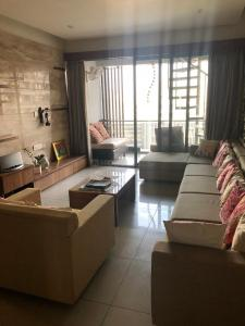 Gallery Cover Image of 3000 Sq.ft 4 BHK Apartment for rent in Bopal for 110000