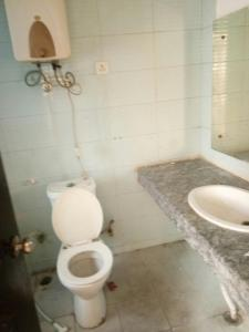 Gallery Cover Image of 1659 Sq.ft 3 BHK Apartment for rent in Jaipuria Sunrise Greens Apartment, Ahinsa Khand for 17000