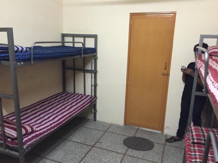 मल्लेस्वरम में वासवी पीजी में बेडरूम की तस्वीर