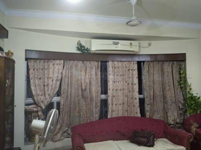Gallery Cover Image of 675 Sq.ft 2 BHK Independent Floor for rent in South Dum Dum for 7500