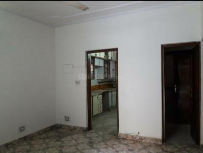 Gallery Cover Image of 1500 Sq.ft 3 BHK Apartment for rent in Jasola for 31200