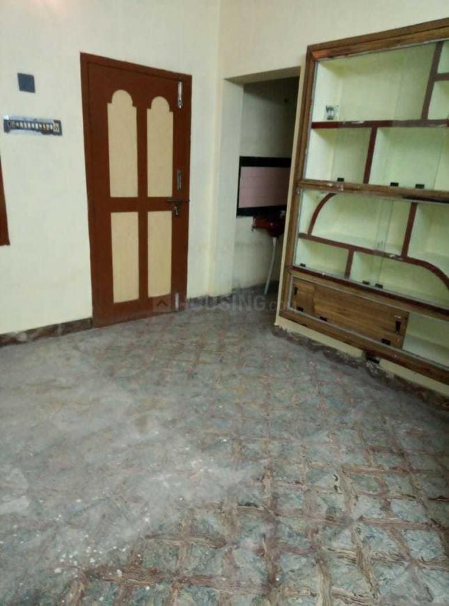 Living Room Image of 850 Sq.ft 2 BHK Independent Floor for rent in Velachery for 13000