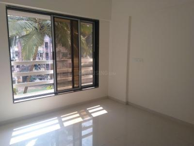 Gallery Cover Image of 600 Sq.ft 1 BHK Apartment for rent in Kandivali West for 25000
