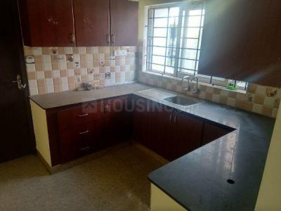 Gallery Cover Image of 1600 Sq.ft 3 BHK Apartment for rent in Choolaimedu for 30000