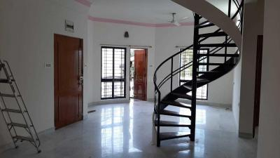 Gallery Cover Image of 2200 Sq.ft 3 BHK Apartment for rent in Shanti Nagar for 52000