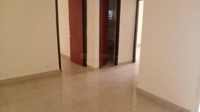 Gallery Cover Image of 890 Sq.ft 2 BHK Apartment for rent in Supertech Ecociti, Sector 137 for 11000