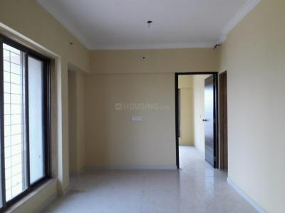 Gallery Cover Image of 850 Sq.ft 2 BHK Apartment for buy in Malad West for 12500000