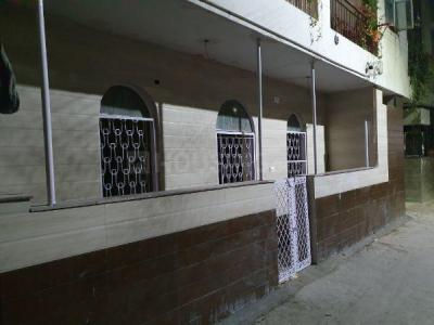 Gallery Cover Image of 650 Sq.ft 3 BHK Independent Floor for rent in Garhi for 28000