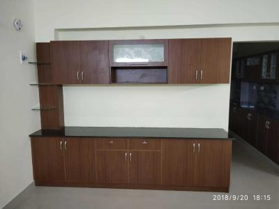 Gallery Cover Image of 2200 Sq.ft 4 BHK Apartment for rent in Virugambakkam for 35000