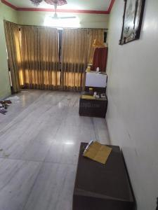 Gallery Cover Image of 620 Sq.ft 1 BHK Apartment for rent in Rizvi Park, Santacruz West for 42000