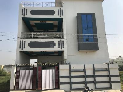 Gallery Cover Image of 2500 Sq.ft 4 BHK Independent House for buy in Akash Nagar for 5800000