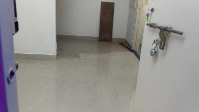 Gallery Cover Image of 280 Sq.ft 1 RK Apartment for rent in Prabhadevi for 21000