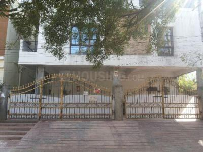 Gallery Cover Image of 1100 Sq.ft 2 BHK Apartment for rent in Miyapur for 13000
