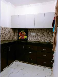 Gallery Cover Image of 800 Sq.ft 2 BHK Independent Floor for rent in Chhattarpur for 12000