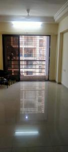 Gallery Cover Image of 750 Sq.ft 2 BHK Apartment for rent in Romell Empress, Borivali West for 32000