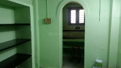 Gallery Cover Image of 850 Sq.ft 2 BHK Independent House for rent in Perungalathur for 8000