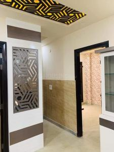 Gallery Cover Image of 650 Sq.ft 3 BHK Independent Floor for buy in Sector 17 Rohini for 5800000