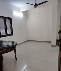 Gallery Cover Image of 910 Sq.ft 2 BHK Apartment for rent in Kolathur for 11000