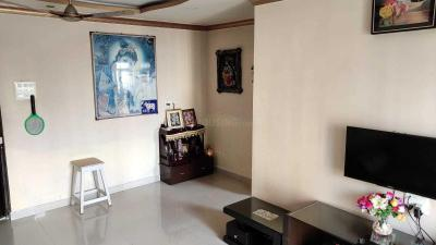 Gallery Cover Image of 1050 Sq.ft 2 BHK Apartment for buy in Thane West for 9000000