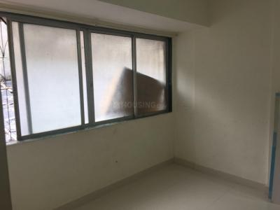 Gallery Cover Image of 600 Sq.ft 1 BHK Apartment for rent in Kandivali East for 20000