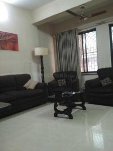 Gallery Cover Image of 950 Sq.ft 2 BHK Apartment for rent in Bandra West for 75000