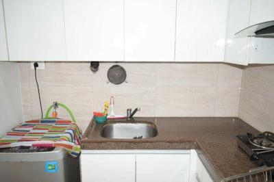 Gallery Cover Image of 751 Sq.ft 2 BHK Apartment for rent in Kurla West for 65000