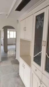 Gallery Cover Image of 900 Sq.ft 3 BHK Apartment for buy in Bandra West for 40000000