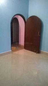 Gallery Cover Image of 750 Sq.ft 2 BHK Independent Floor for buy in Dum Dum for 2700000