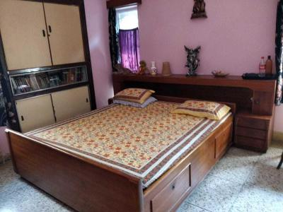 Gallery Cover Image of 1200 Sq.ft 3 BHK Apartment for rent in VIP Nagar for 40000